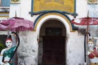 Entrance to the library at Vat Muang Kang